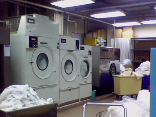máy giặt công nghiệp loại nào