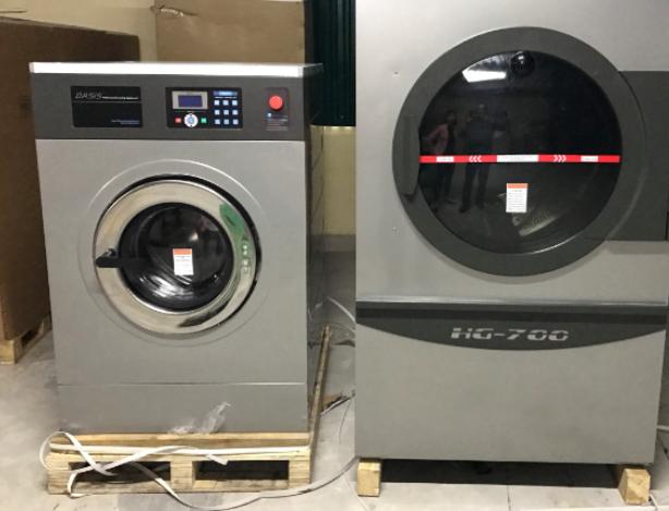 máy giặt công nghiệp giá rẻ Oasis